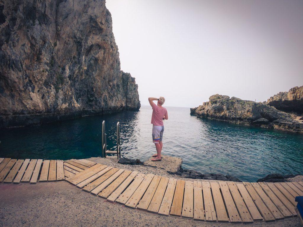 kalypso-beach-jump-dive-swim-cove-greece